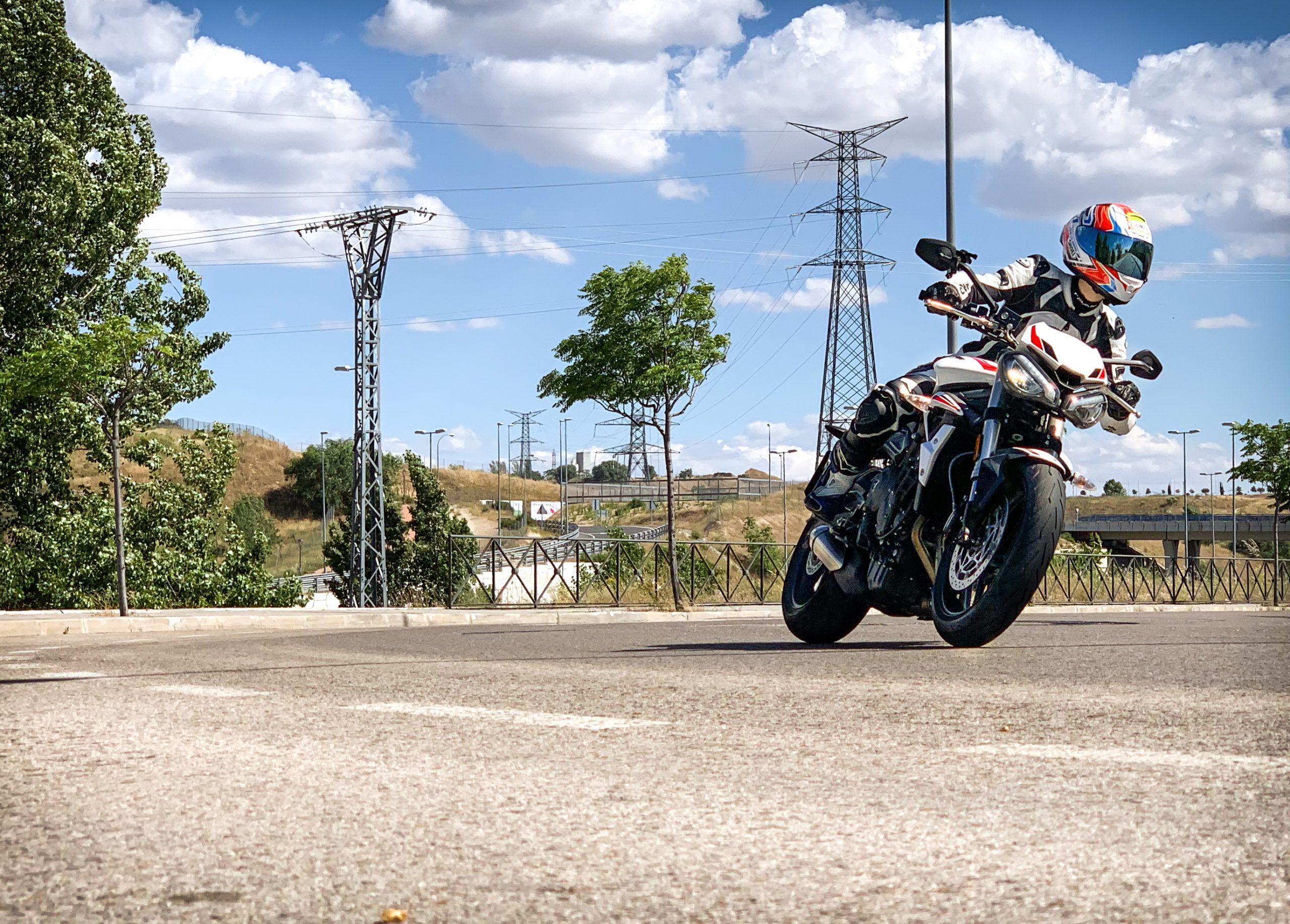 Triumph Street Triple S 2020: una moto sorprendente para el Carnet A2