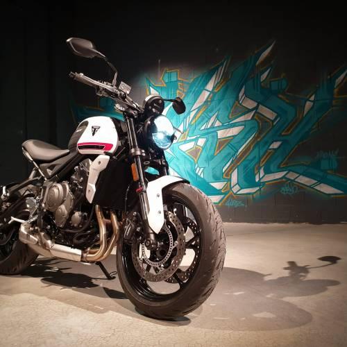 Triplica la diversión con la nueva Triumph Trident